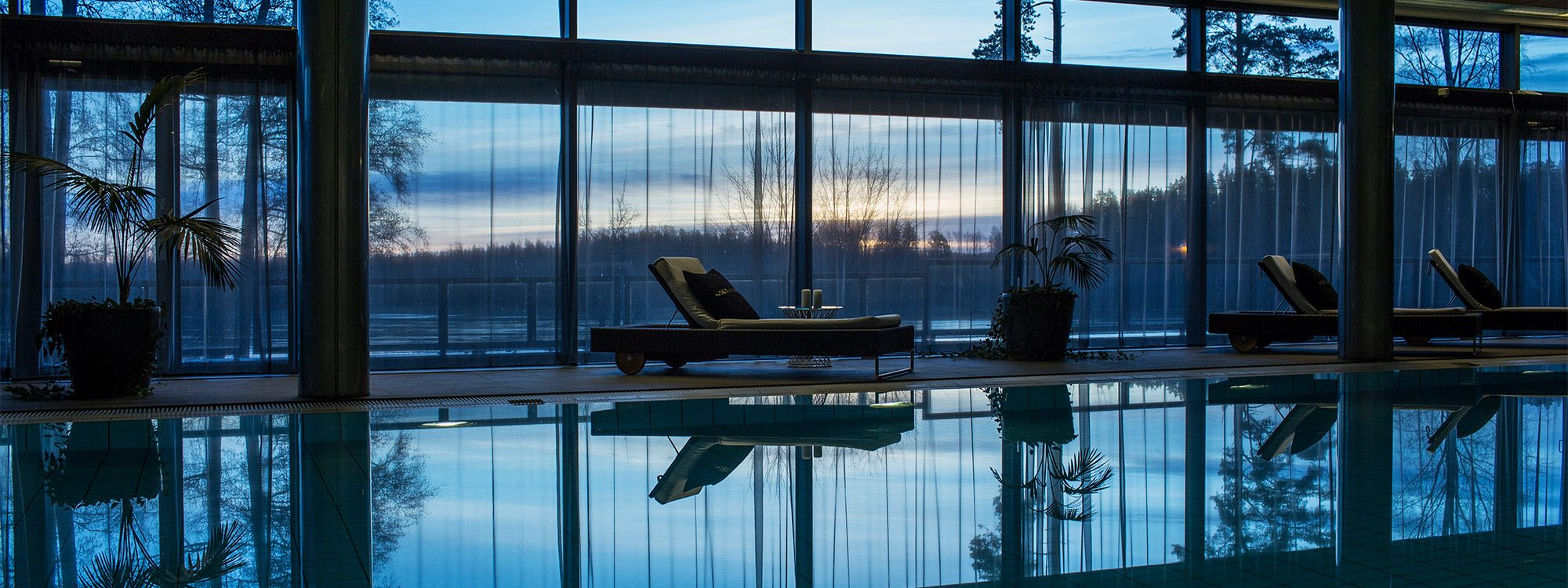 Porkkalan Parenteesi Langvik Spa pool sunset